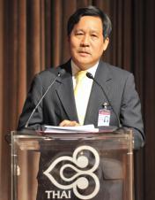 thai_airwayspresidentpiyasvasti_amranand1-176x2